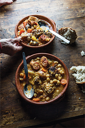 chickpea-stew-with-lamb-pork-and-veal 800x1200