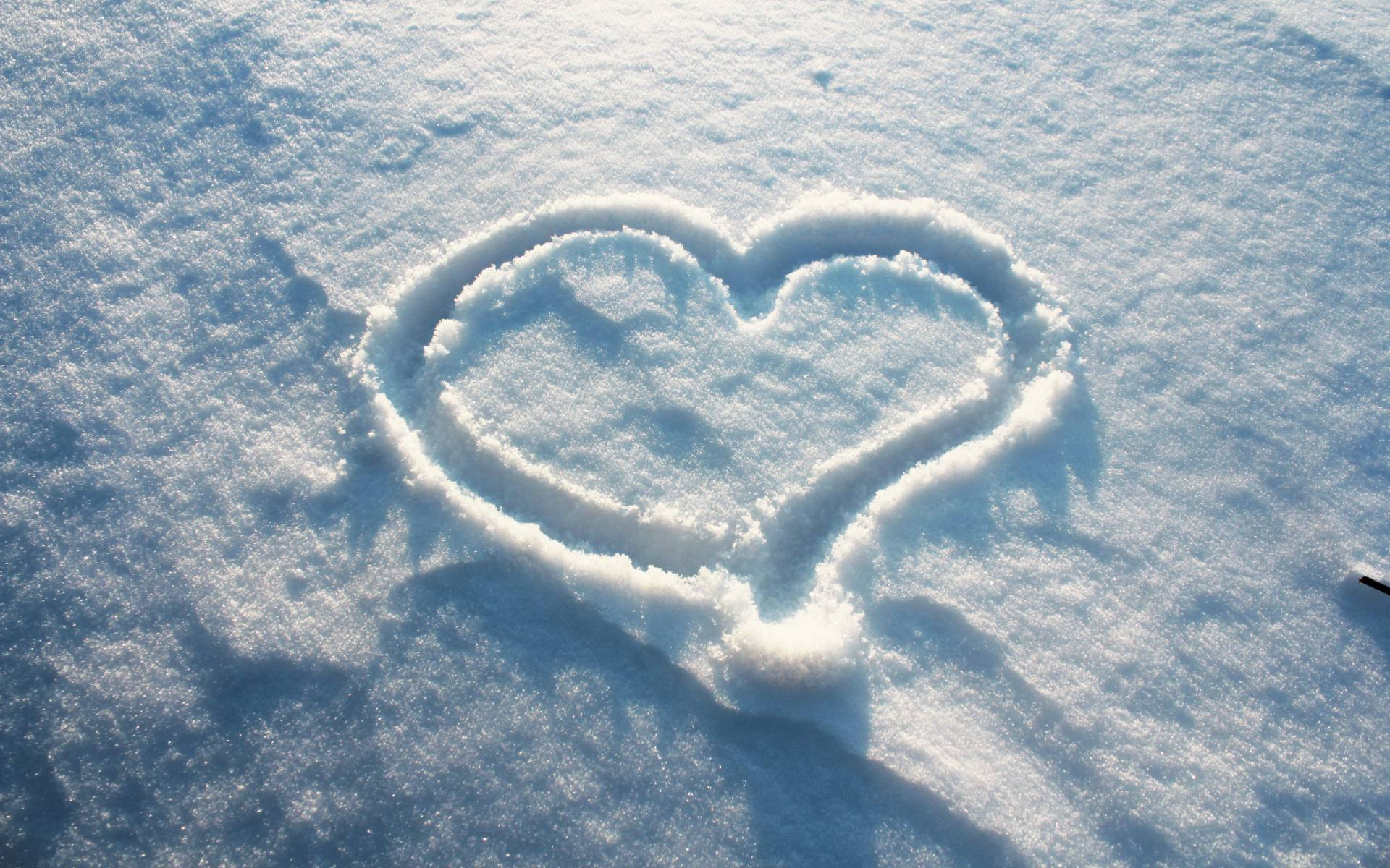 Winter-Love-Wallpapers-Background-HD-Wallpaper